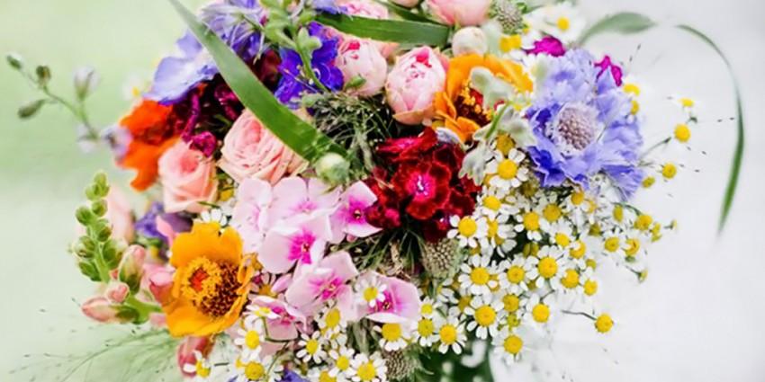 Bouquet Sposa Estivo.Bouquet Colorato Il Bouquet Da Sposa Perfetto Per Un Matrimonio