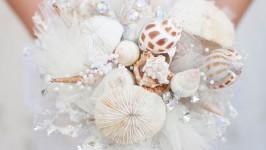 Bouquet di conchiglie: perfetto per un matrimonio tema mare