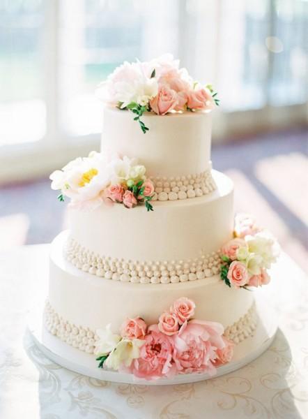 Matrimonio Tema Primavera : Come scegliere una torta primaverile per il tuo matrimonio