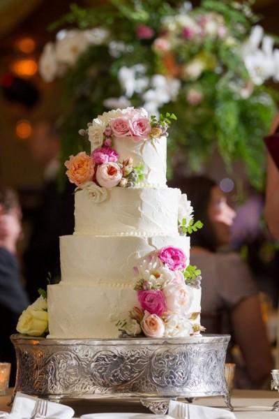 Quale gusto scegliere per la vostra torta nuziale primaverile
