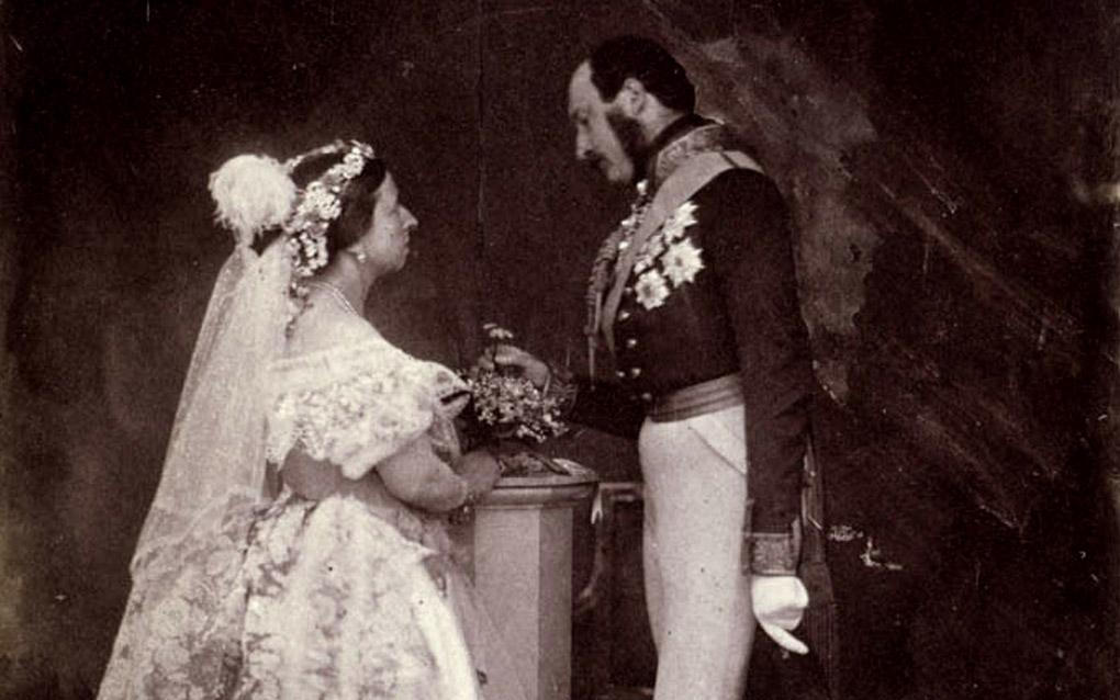 Abiti Da Sposa 700.L Abito Da Sposa E Sempre Stato Bianco