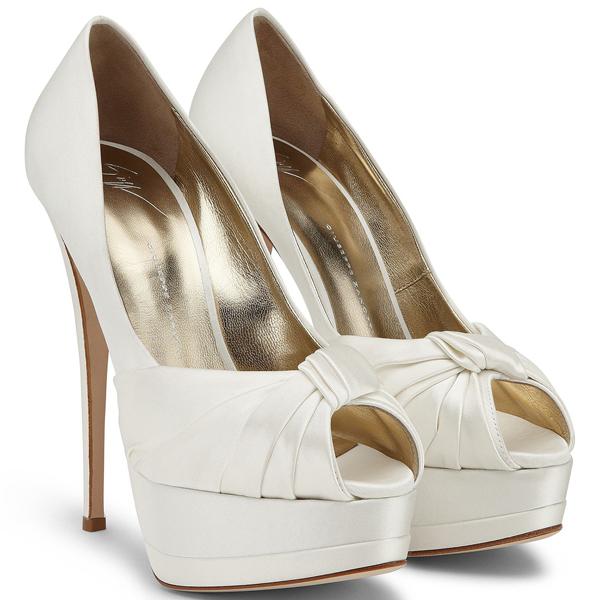 Scarpe Sposa Altissime.Calzature Di Lusso Per Una Sposa Elegante E Femminile Giuseppe