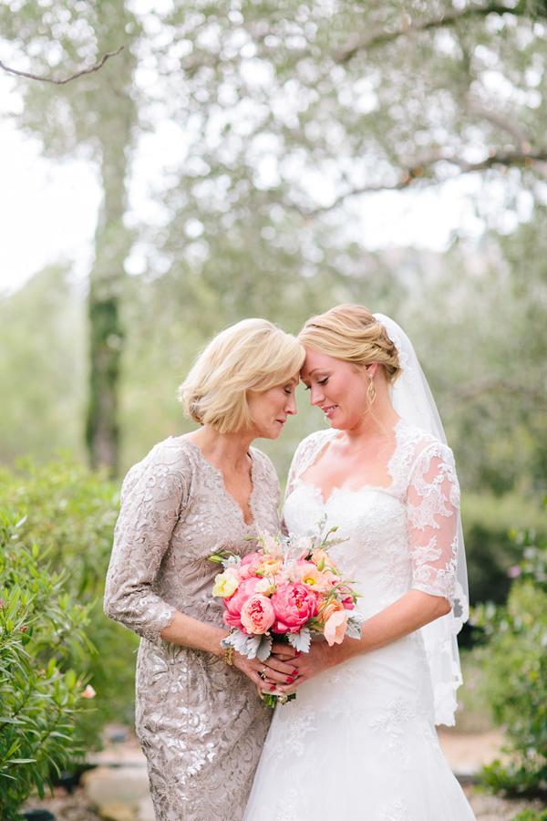 Bouquet Sposa Galateo.Perche Il Bouquet Della Sposa E Consegnato Dalla Suocera