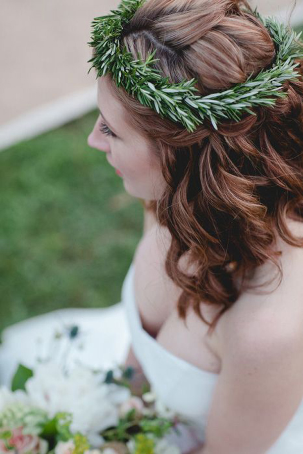 coroncina sposa con erbe aromatiche