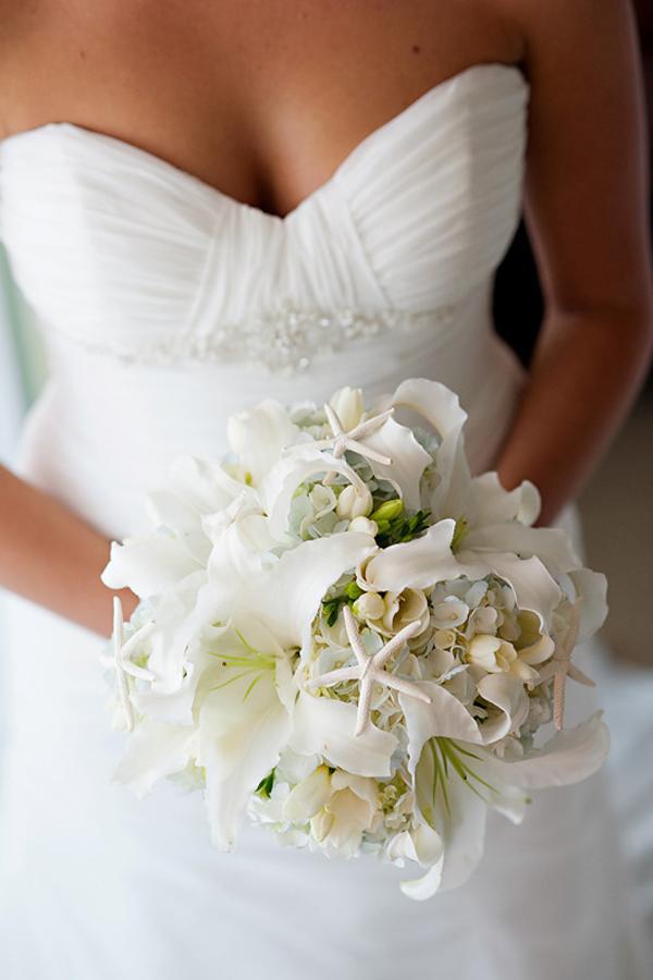 Matrimonio Tema Ortensie : Bouquet di conchiglie perfetto per un matrimonio tema mare