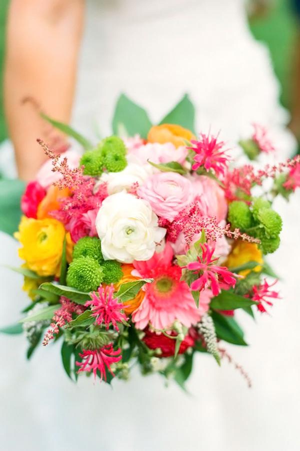 Photo from stylemepretty.com bouquet sposa fiori estivi