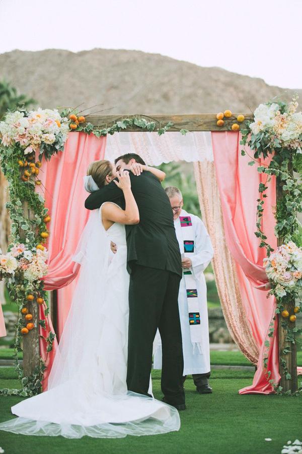 Matrimonio color pesca: uno stile semplice e naturale