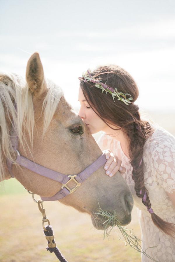sposa con coroncina di fiori