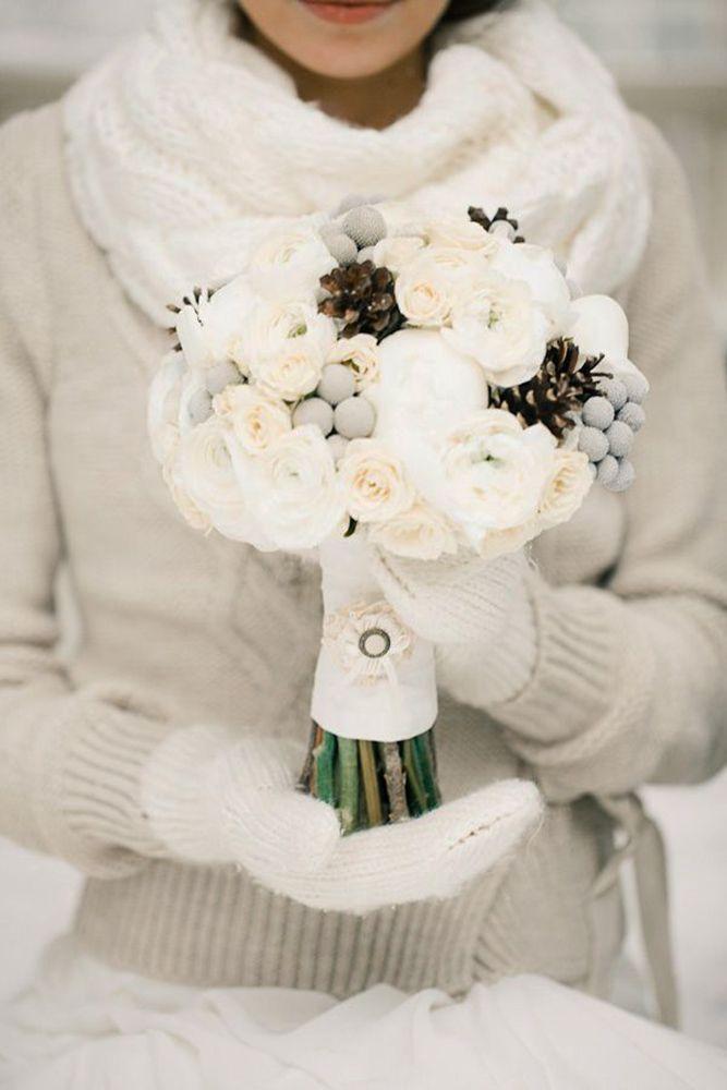Bouquet Da Sposa Invernali.Bouquet Invernale Tutta La Magica Atmosfera Di Questa Stagione